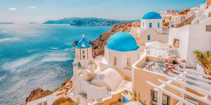 The top 10 experiences in Santorini