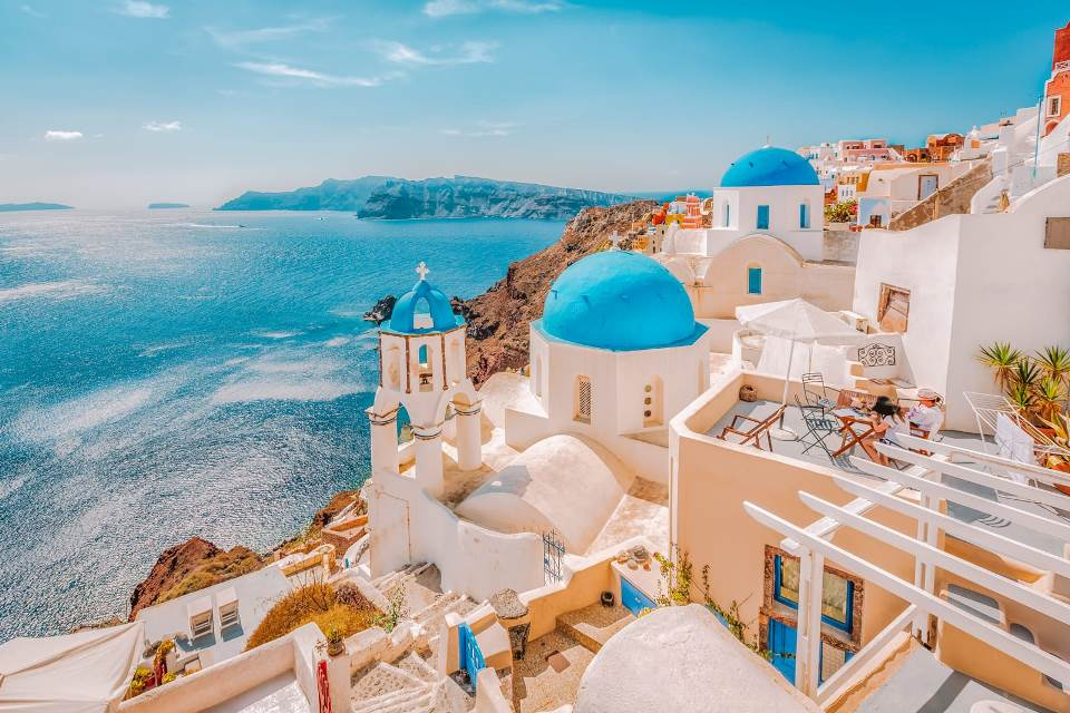 the-top-10-experiences-in-santorini